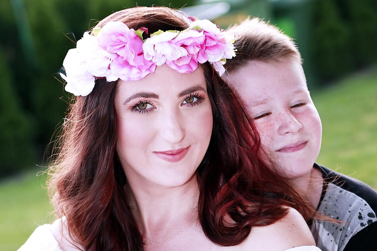 sesja zdjęciowa matki z synem
