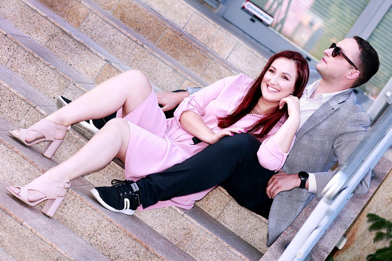 zakochani na schodach Oława